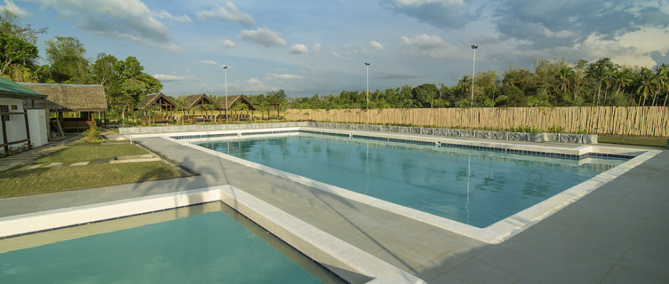 EF Lap pool